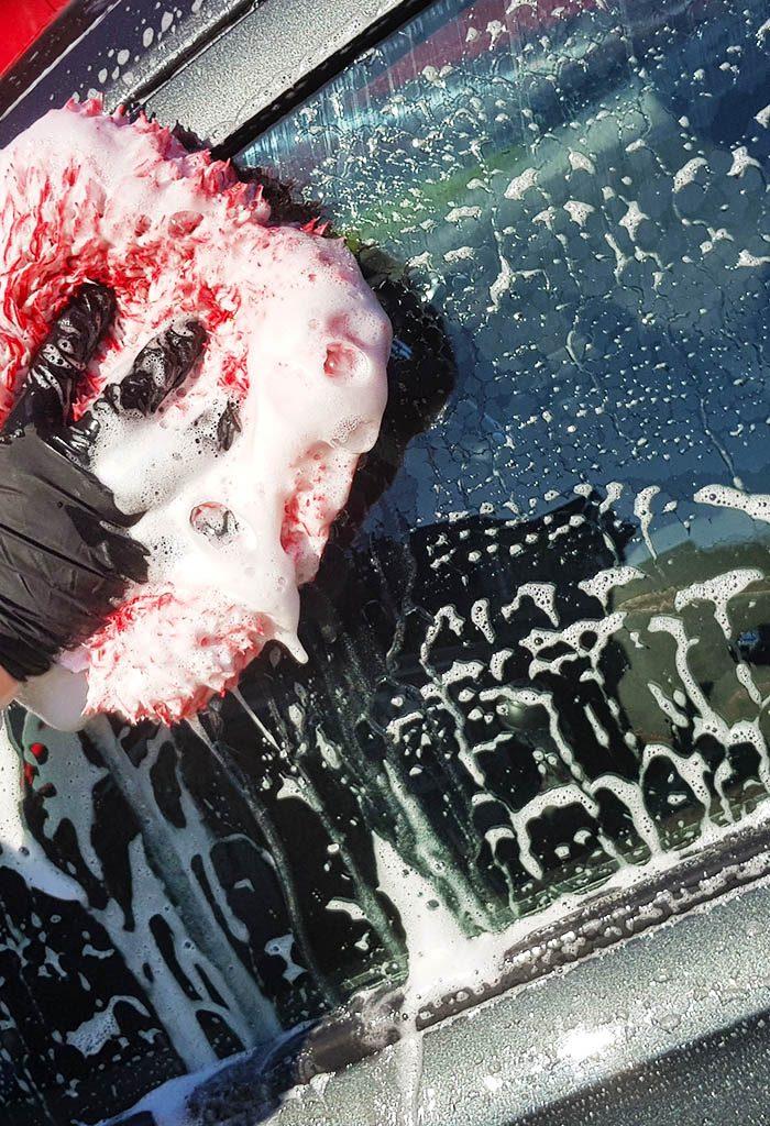 washmitt and shampoo car cleaning